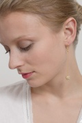 bead-drop earring